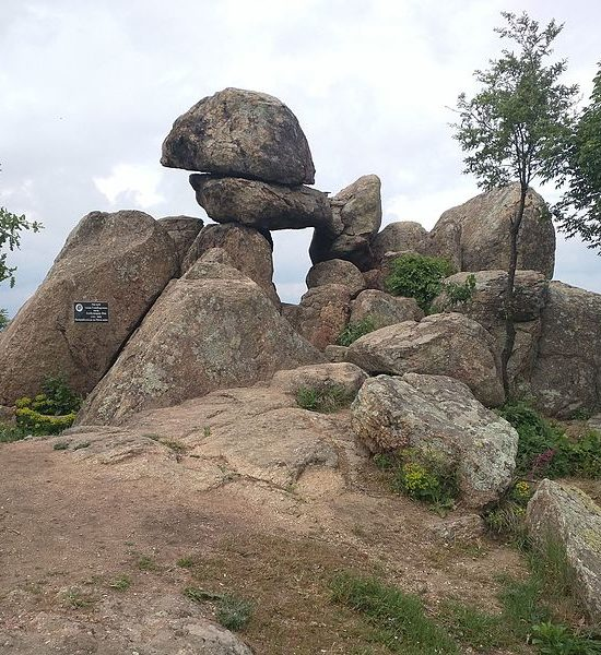 megalith-secrets-buzovgrad