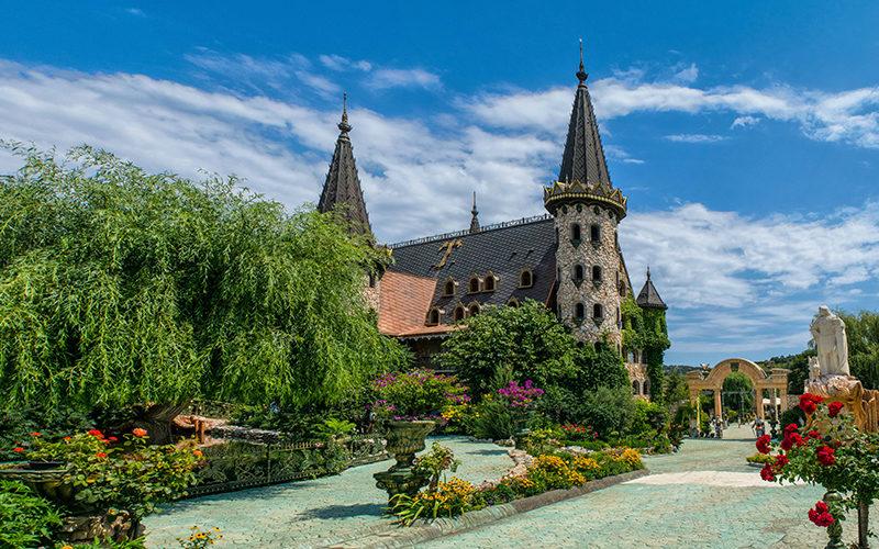 castle Ravadinovo