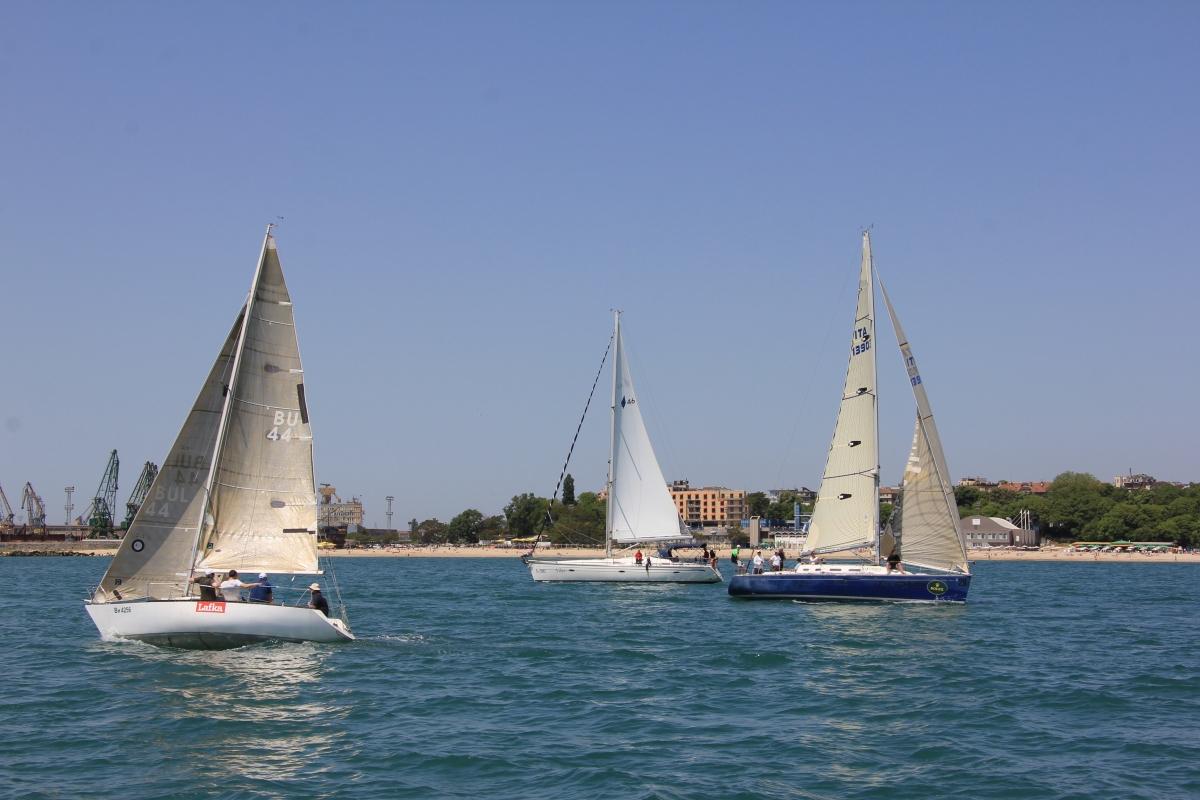 varna boats